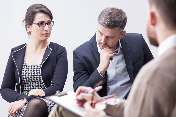 difference between divorce mediation and divorce litigation
